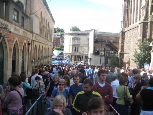 Banksy The queue 21.08.09