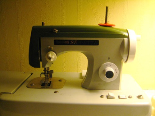 Sew-ette sewing machine 09.11.09
